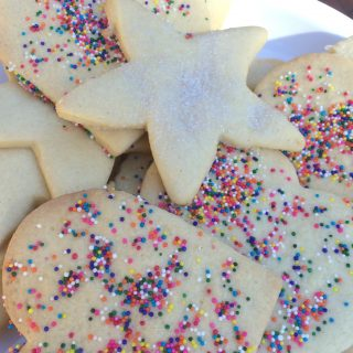 Kid Friendly Baking: Simple Sugar Cookies
